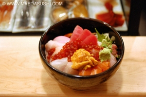 An example of the Deluxe Chirashi at Maeda Sushi Restaurant